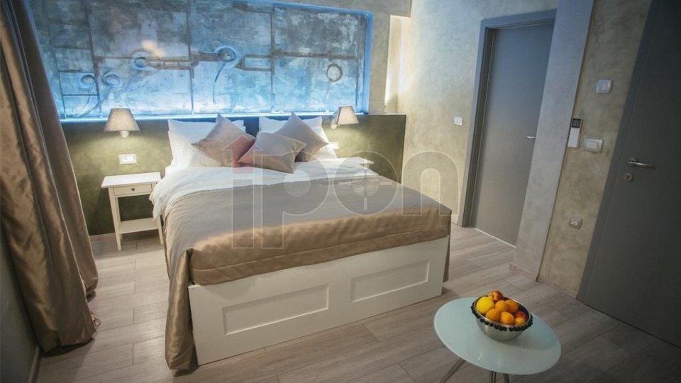 House, 175 m2, For Sale, Labin