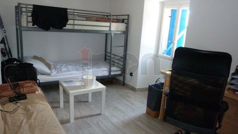 Hiša, 197 m2, Prodaja, Dobrinj - Kras