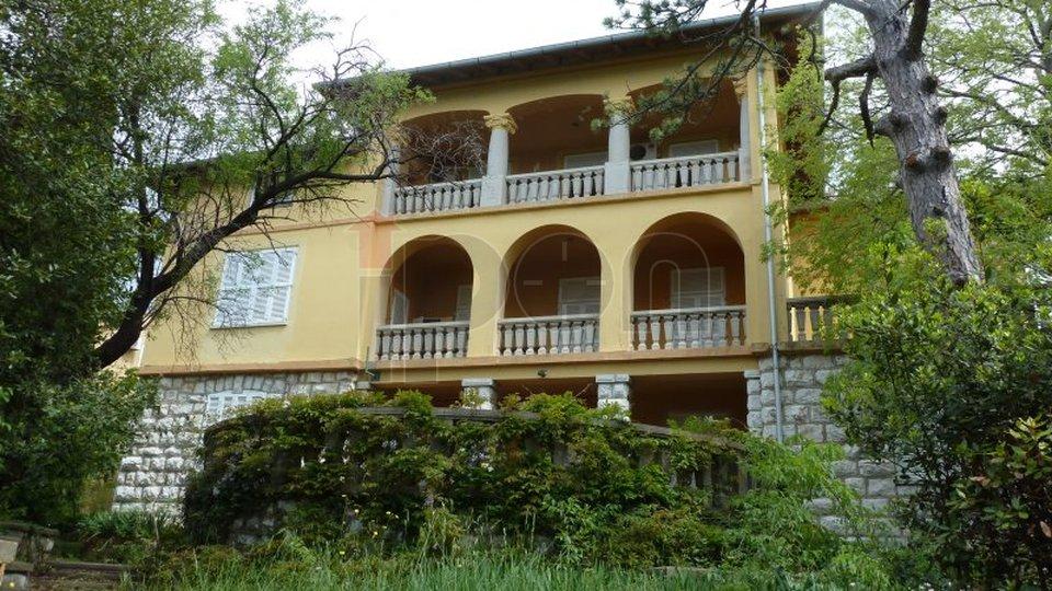 House, 856 m2, For Sale, Novi Vinodolski