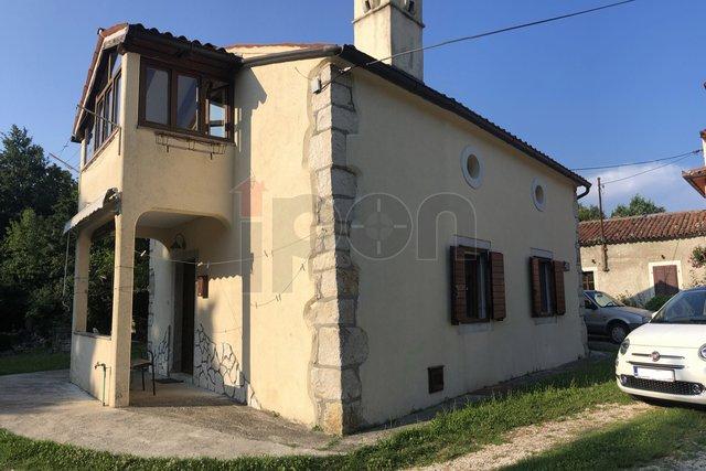 Kršan, obnovljena kamena istarska kuća!