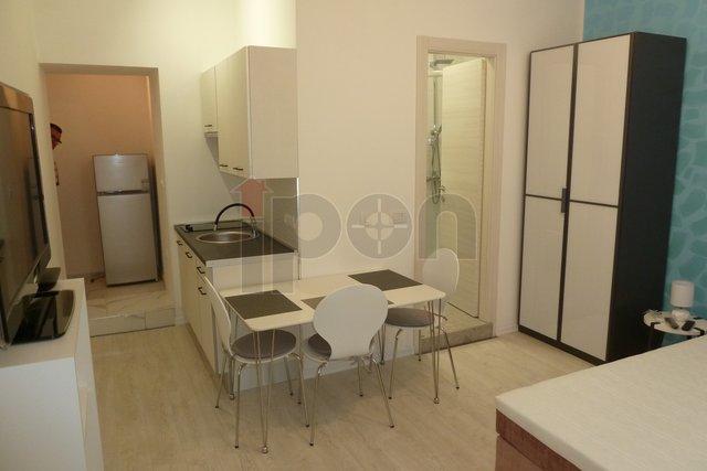 Rijeka, Belveder, stan sa četiri studio apartmana, idealan za turistički najam ili za studente!