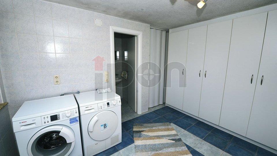 Casa, 285 m2, Vendita, Lovran