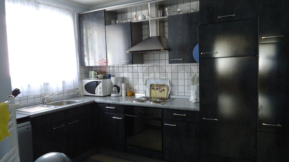 House, 350 m2, For Sale, Kastav