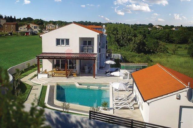 House, 309 m2, For Sale, Marčana