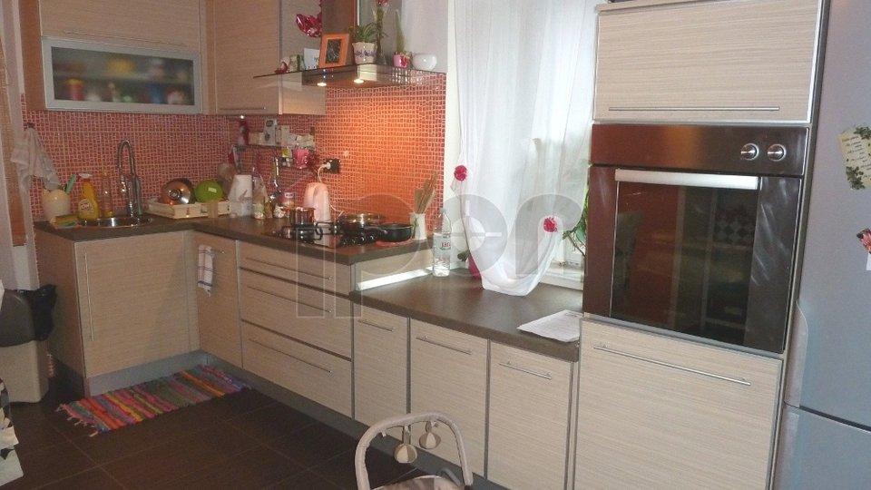 Appartamento, 78 m2, Vendita, Rijeka - Bulevard