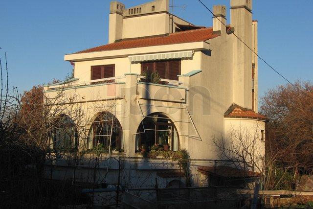 House, 400 m2, For Sale, Malinska