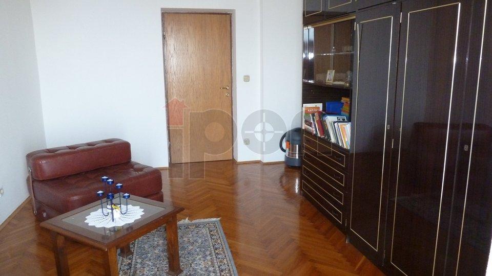 House, 368 m2, For Sale, Kastav