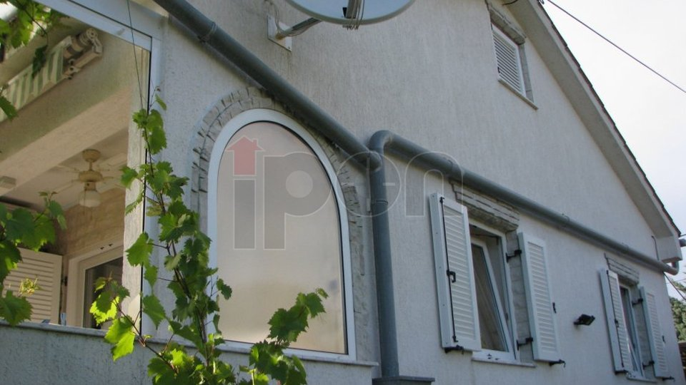 House, 100 m2, For Sale, Krk - Pinezići