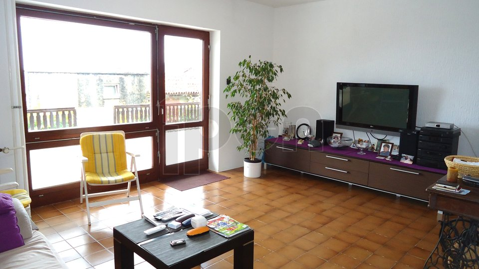 House, 360 m2, For Sale, Kastav